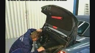 Mercedes Benz CLK | Repairing the water pocket on the soft top (W209)