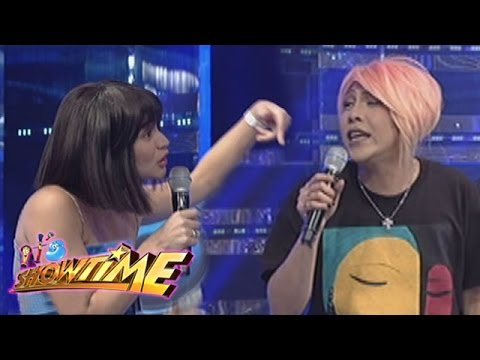 It's Showtime: Vice comments about Anne's bangs