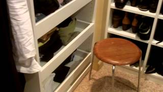 Small Walk In Closet - Closet Design And Organization With Island In Closet