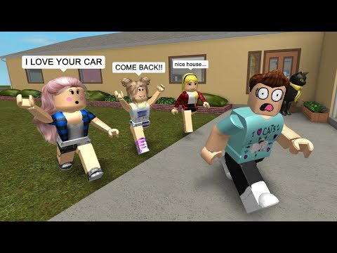 GOLD DIGGERS CHASE ME DOWN IN ROBLOX