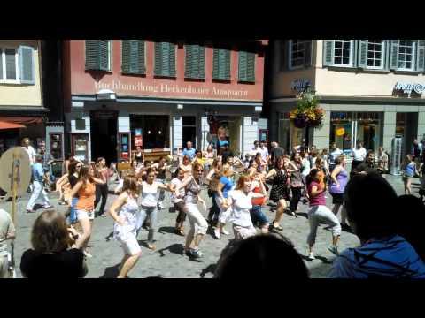 Flashmob Tübingen Holzmarkt