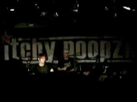 Itchy Poopzkid live @ Mensabar Freiburg mp3