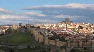Ávila cuna de Santa Teresa, España, Murallas, Atardecer, Timelapse