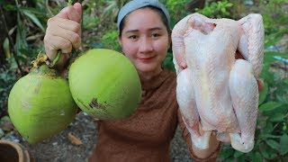 Yummy Native Chicken Roasted Natural Coconut Juice - Chicken Cooking - Cooking With Sros
