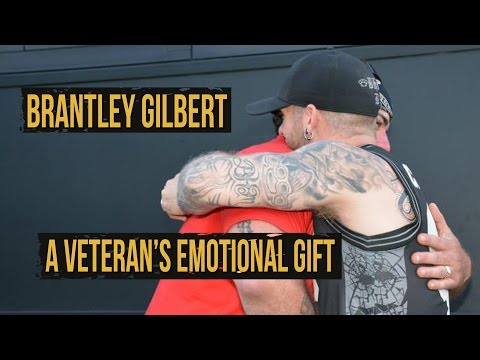 Brantley Gilbert Given a Wounded Veteran's Purple Heart