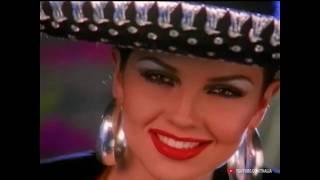 Смотреть клип Thalia - Amor A La Mexicana