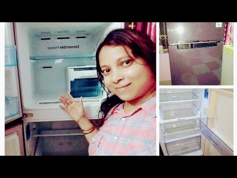 #Deep cleaning of refrigerator/fridge 😊#home made solution  of cleaning fridge