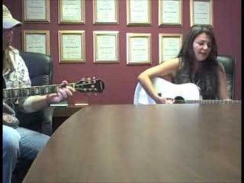 QDR Acoustic Concert Series: Crystal Shawanda