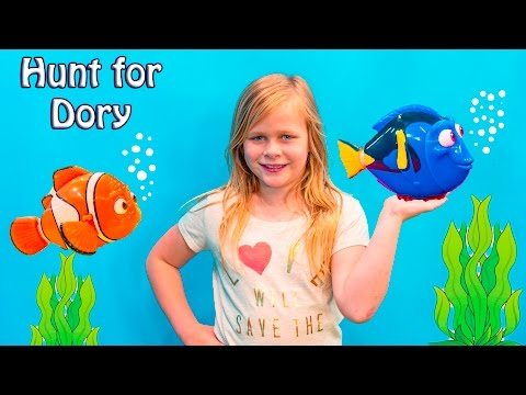 Disney·Pixar's Finding Dory Toys Assistant Searches for Dory and Nemo in Surprise Toy Hunt