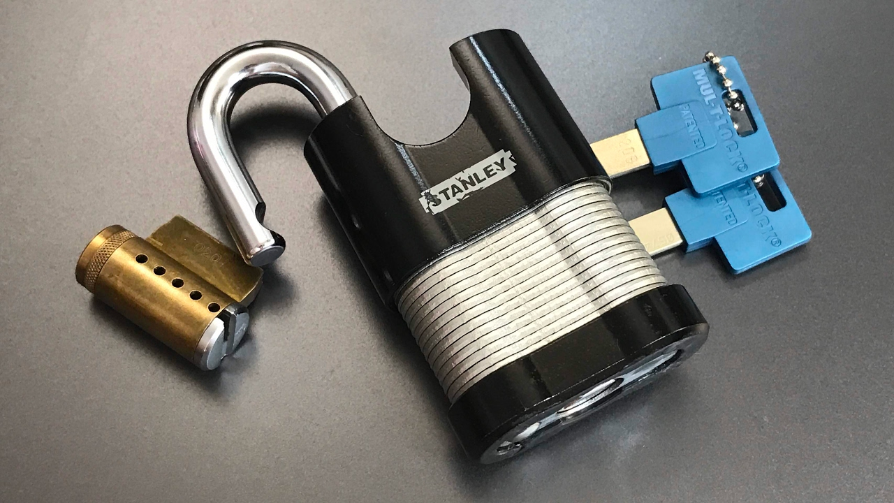 [490] Mul-T-Lock Interactive KiK Cylinder Picked and Gutted