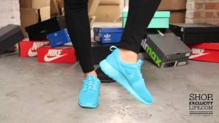 03bb25e318454 Women s Rosherun Hyperfuse Aqua On feet Video at Exclucity