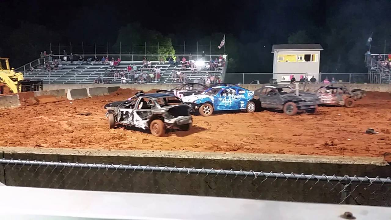 Compacts at the Lincoln County kentucky fair - YouTube