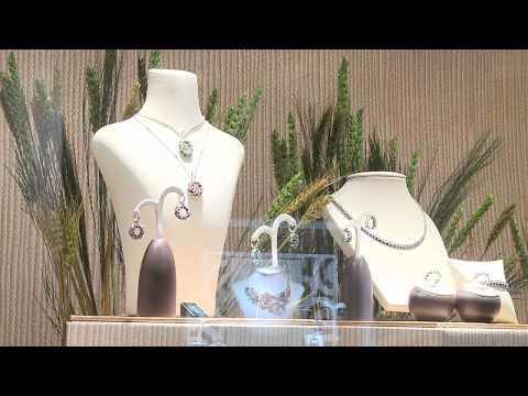Glittering Business: Hong Kong Jewellery Show 2011
