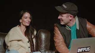 Deichkind - Nina MC & Kryptik Joe kommentieren Kommentare (Bon Voyage Video)