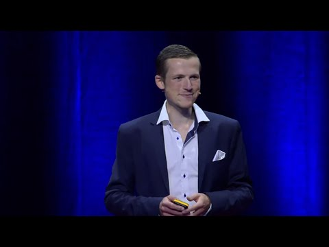 Banking from your pocket: Using FinTech instead of standing in line | Daniel Drummer | TEDxBasel