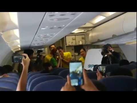 Sandara Park and thunder Sing at Cebu Pacific Flight from palawan to Manila Sept 25, 2017