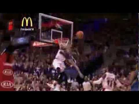 Thomas Robinson's MONSTER block leads to alley-oop on the other end [23 Feb 2014]