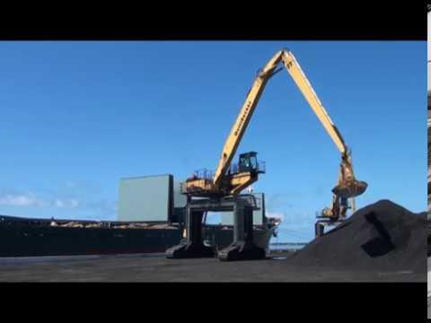 """Губернатор обязал """"Горняк"""" построить крытый склад для угля"""