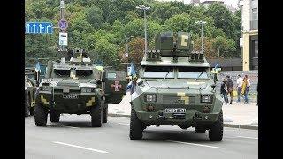 Новые бронеавтомобили «Барс» и «Тритон» на выставке «Мощь непокоренных»