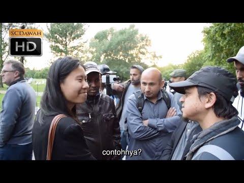 Kita Hidup dalam Matrix! Mansur Vs Atheist Girl | Bahasa | Speakers Corner | Hyde Park