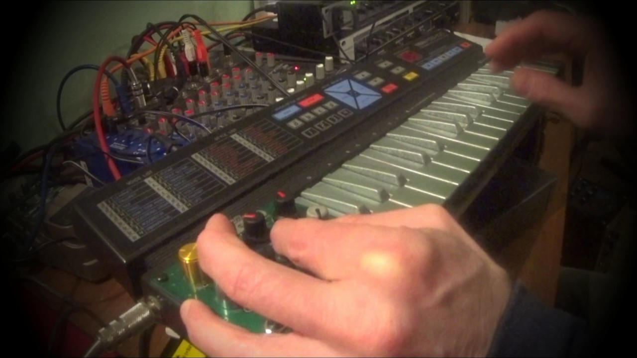 Circuit Bent Yamaha Pss 100 Circuitbending Circuitbent Noise Toys By Cementimental