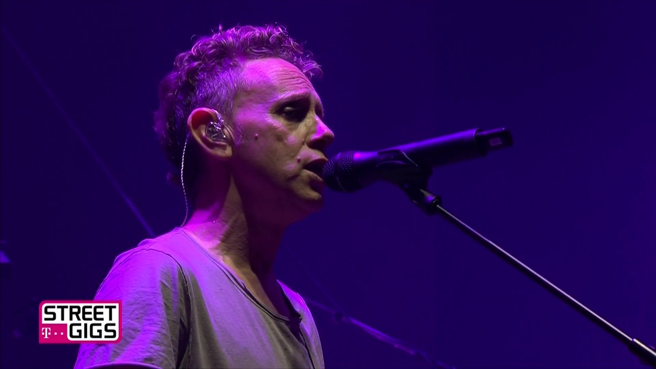 Depeche Mode Walking In My Shoes Chords