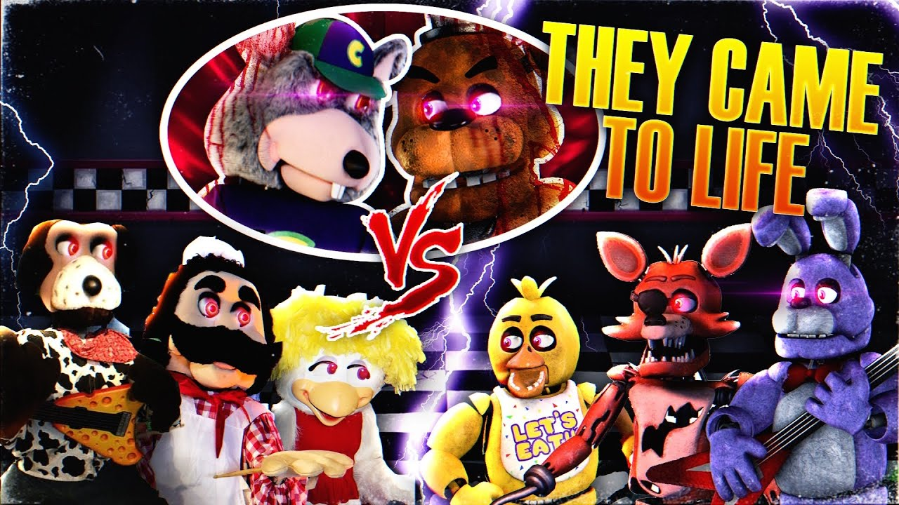 DRONE CATCHES CHUCK E CHEESE AND FREDDY FAZBEAR ANIMATRONICS ALIVE!! (CHUCK E VS FREDDY)