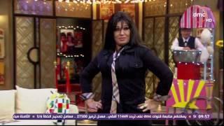 بالفيديو.. فيفي عبده تقدم عرض أزياء على الهواء