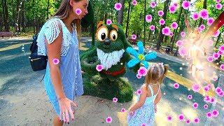 София с мамой в сказочном сне / Sofia with her mother in a fairytale forest