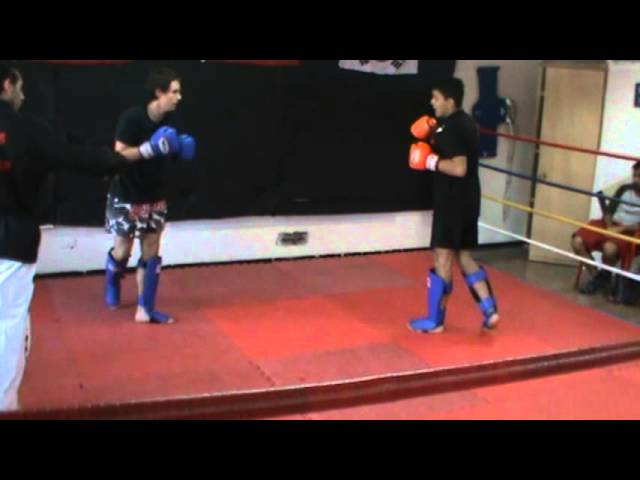 Pelea de KickBoxing: Gonzalo Casorzo vs William Videos De Viajes