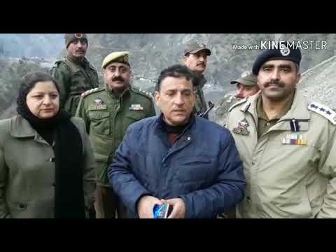 Jammu Srinagar National Highway still closed on Sixth day due to Landslide & Snowfall