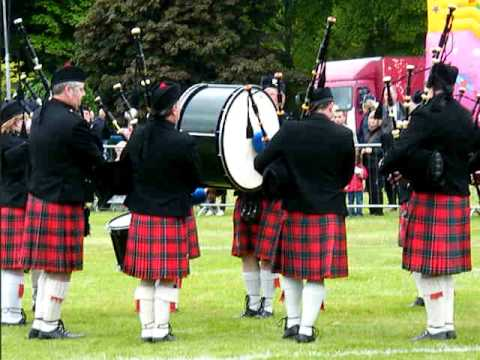 Aberdeen Highland Games 2010 Pipe Band Competition Grade 4a Winners Stromness RBL