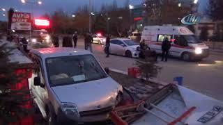 Araç büfeye daldı, 1 ölü 2 yaralı