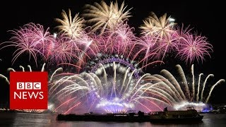 The explosive science behind fireworks - BBC News