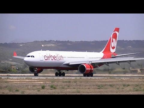 30 Minutes of planespotting at Palma de Mallorca Airport