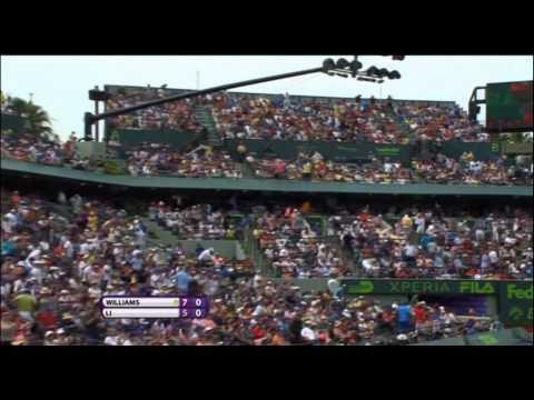 Serena Williams downs Li Na to claim seventh Miami title
