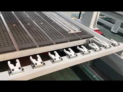 5-осевой фрезерный станок с автоматической сменой инструмента