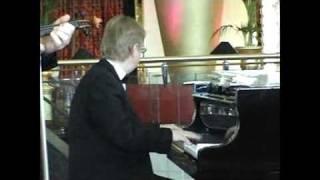 Lets Fall in Love - inside Burj Al Arab Hotel, performing by Evgeniy Morozov quartet