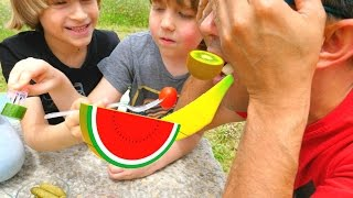 Nail Baba çocuklar ile piknikte eğleniyor ve oyun oynuyor
