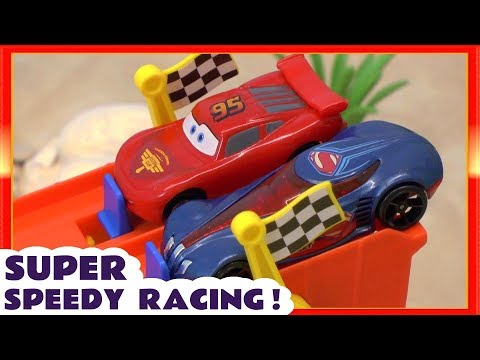 Disney Cars Lightning McQueen Super Speedy Racing with Funny Funlings and Superhero cars TT4U