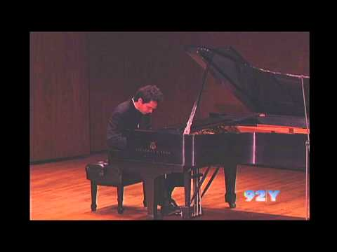 "Shai Wosner plays Beethoven ""Appassionata"""