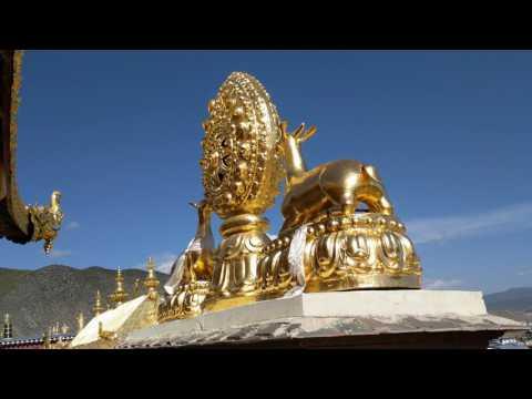 Views near top of Songzanlin Lamasery, Shangri La, Deqen, Tibet A  R , Yunnan, China, 2017-05-22