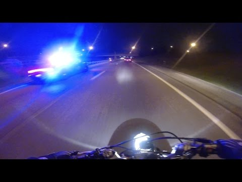 Thumbnail: Bike VS Cop Police Chase Motorcycle Amazing ESCAPE Running Away From Cops Stunt Bike Gets Away 2016