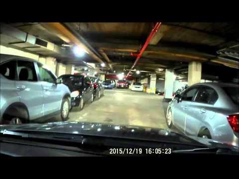 Dashcam: Manhattan Parking Garage