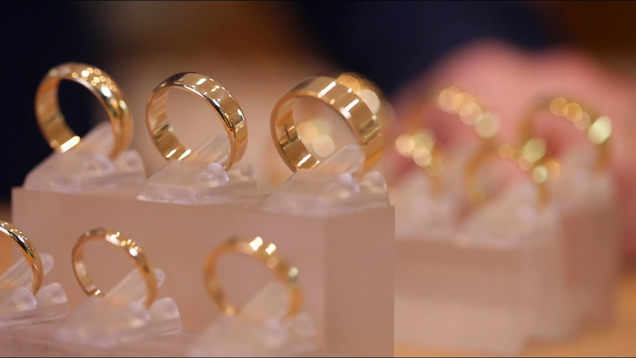 What Is The Difference Between 9ct 18ct Gold Youtube