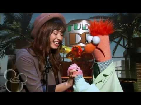 """Demi Lovato's Old Vid 2008: Beaker Was 'Meeping' The Song """"This is Me"""""""
