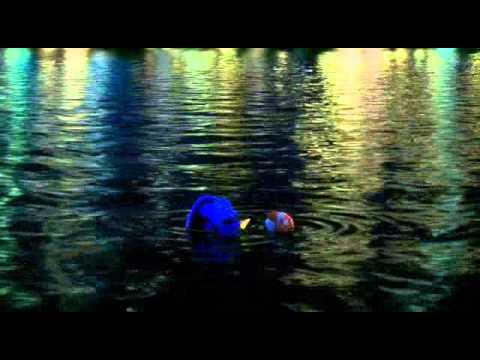 Le monde de nemo parler baleine marlin youtube - Nemo et doris ...