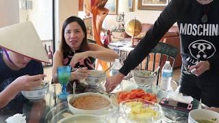 Vlog 176 ll Đi thăm vườn cây trĩu quả của gia đình Việt Mỹ và ăn bún sườn chua
