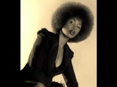 n'dambi remix /dwele backbeat mp3