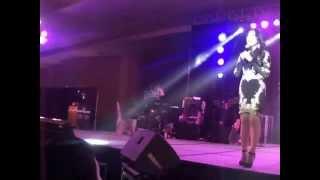 Intro of Darren Espanto in Ms Lani Misalucha's Concert in Davao (8/29/14)